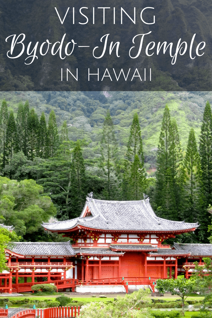 Visiting the Byodo-In Temple in Hawaii