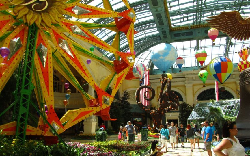 How to Have Fun in Las Vegas Without Gambling and Booze