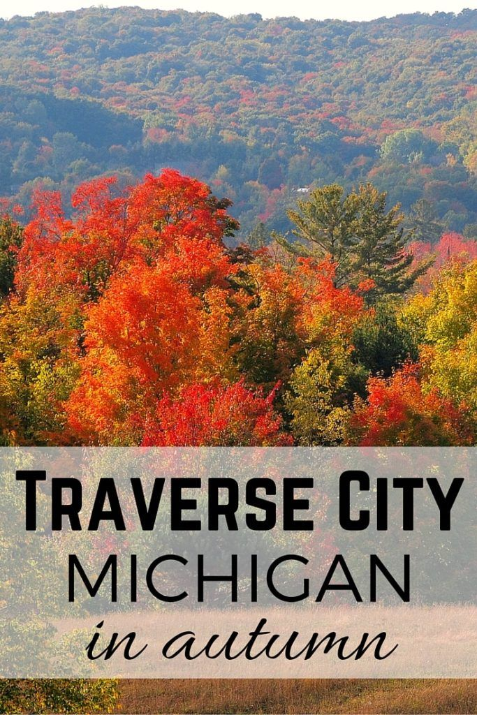 Reasons to Visit Traverse City in the Fall