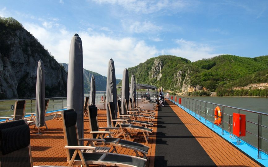 7 Reasons You Should Go on That River Cruise This Year