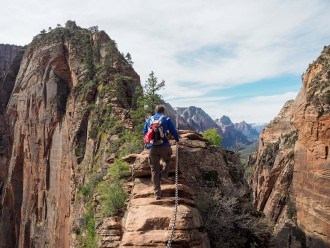 Hiking to Angels Landing in Zion National Park